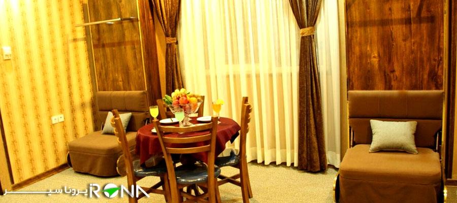 نمای داخلی اتاق